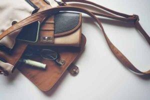 soñar con bolsos