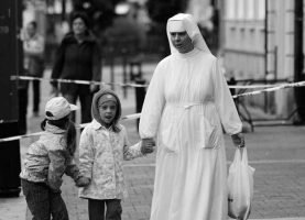 soñar con monjas